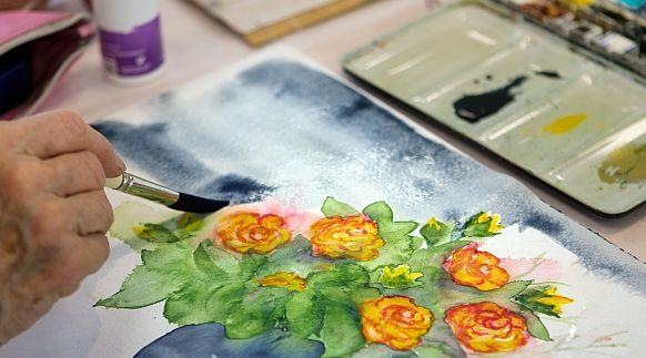 Arbeit an einem Aquarellbild - Balance-Gruppe Farbe und Stift kreativ
